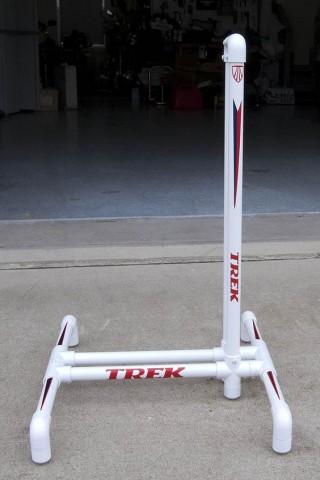Парковка для вела из сантехнических ПВХ труб